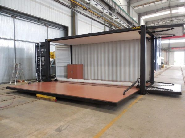 20' Expo Container With Hydraulic Rams