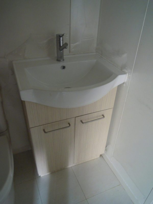 40' Sleeper & Toilet Unit